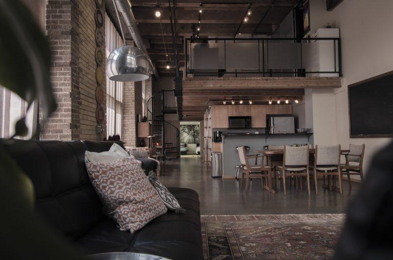 Le opere edilizie che facilitano l'arredamento della casa: alla scoperta dei soppalchi